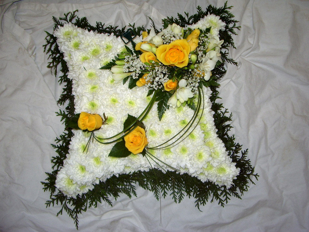 01 Blocked Cushion Yellow White, Flowers, Funerals, Radcliffe Florist
