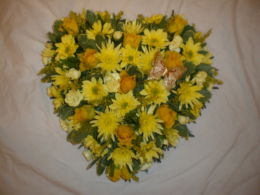 Loose Heart Shades of Yellow, Radcliffe Florist, Flowers, Funeral