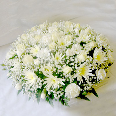 Loose Posy, White, Cream, Mixed, Radcliffe Florist, Flowers