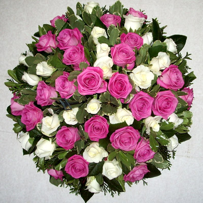 Loose Pink, White Roses, Posy Pad, Radcliffe, Florist, Flowers