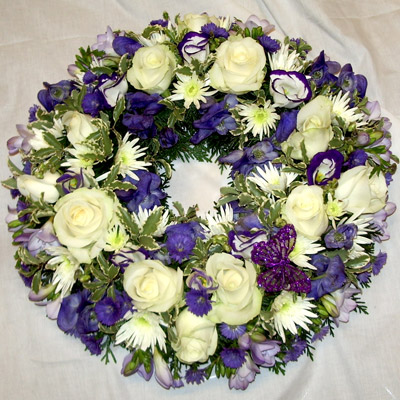 Loose Wreath, Purple, White, Radcliffe Florist, Funeral