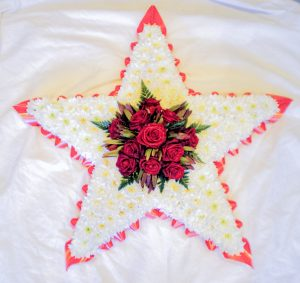 Star with five Points in White and Red Flowers, Florist, Radcliffe, Funeral