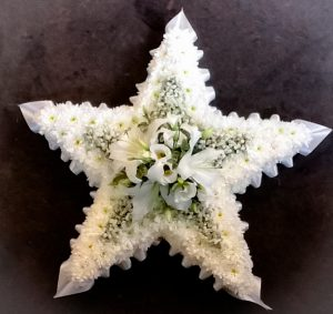 Star with five Points in White, Flowers, Florist, Radcliffe, Funeral