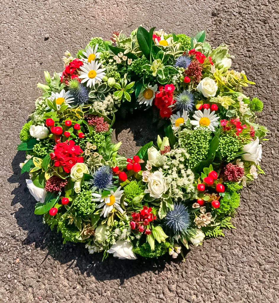 16 Loose Country Wreath, Funeral, Radcliffe Florist, Flowers
