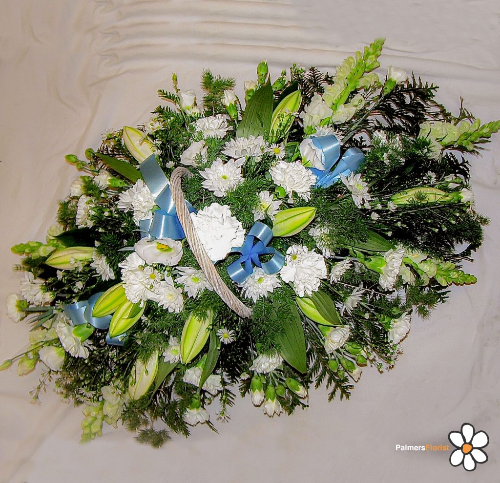 Baskets Gift, White, Blue Ribbons, Fresh Flowers