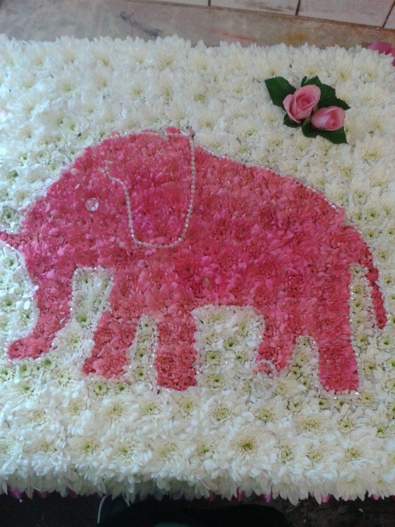 Funeral, Tribute, Elephant, Flowers, Bury, Radcliffe